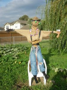 Scarecrow Contest 2013-Don't axe me!