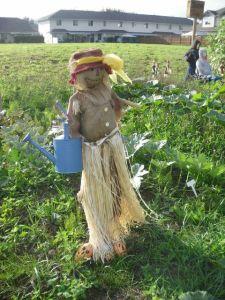 Scarecrow Contest 2013_Hula Gardener